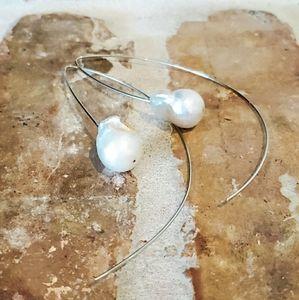 14kt White Gold Threader Baroque Pearl Earrings
